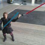 StarWars figurine : Star Wars figurine ANAKIN SKYLWAKER Episode 3 Hasbro 2004 sabre bleu et rouge