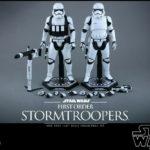Figurine StarWars : Hot Toys Star Wars First Order Stormtrooper 1/6 Figurine 2 Pack Set