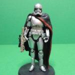 StarWars figurine : Star wars : Phasma Figurine PVC Disney store Figure Capitain Stormtrooper gris