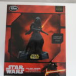 Figurine StarWars : Star Wars Kylo Ren figurine statue doll Limited edition Disney store 1/700