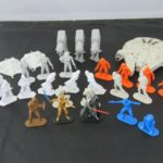 """StarWars collection : Star Wars Lot Command Armée Hommes 2 """" Figurines Millennium Falcon At-At"""
