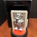 Figurine StarWars : Disney Star Wars Weekends Donald Carbonite Figurine With Box EMF3849