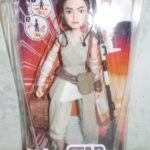 Figurine StarWars : figurine star wars 28 cm rey of jakku Forces of Destiny hasbro