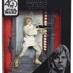 StarWars figurine : Disney Star Wars The Black Series Titanium Series Luke Skywalker 3.75 Inches